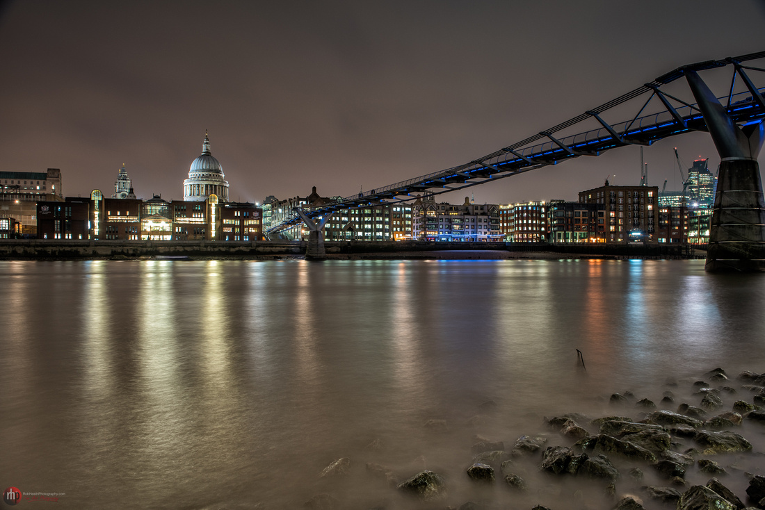 Low tide in the Thames